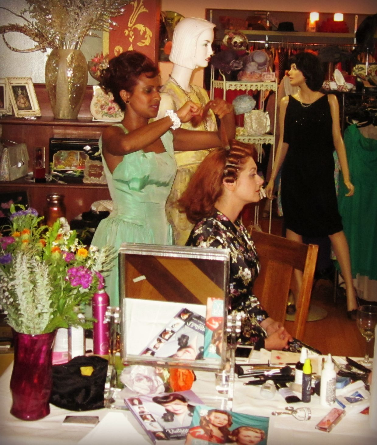 Pinup Hairstyles and Makeup Tutorial with Hairstylist Sandra Dee at Playclothes Vintage