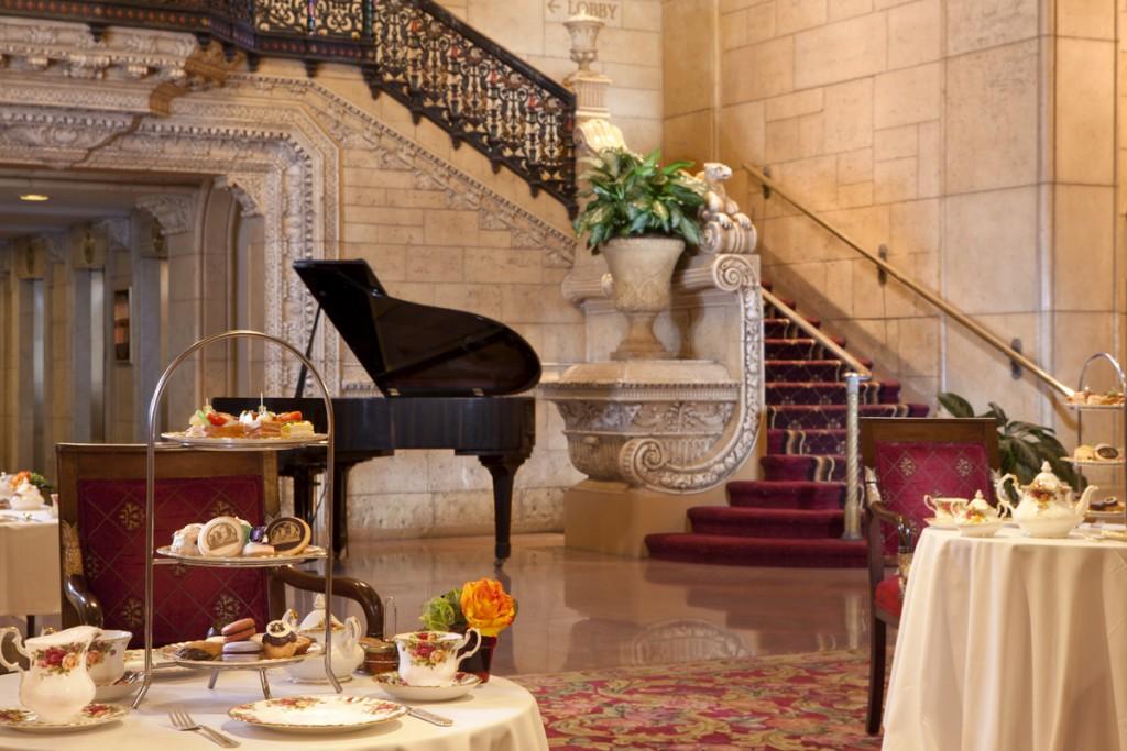 Biltmore Hotel Rendezvous Court