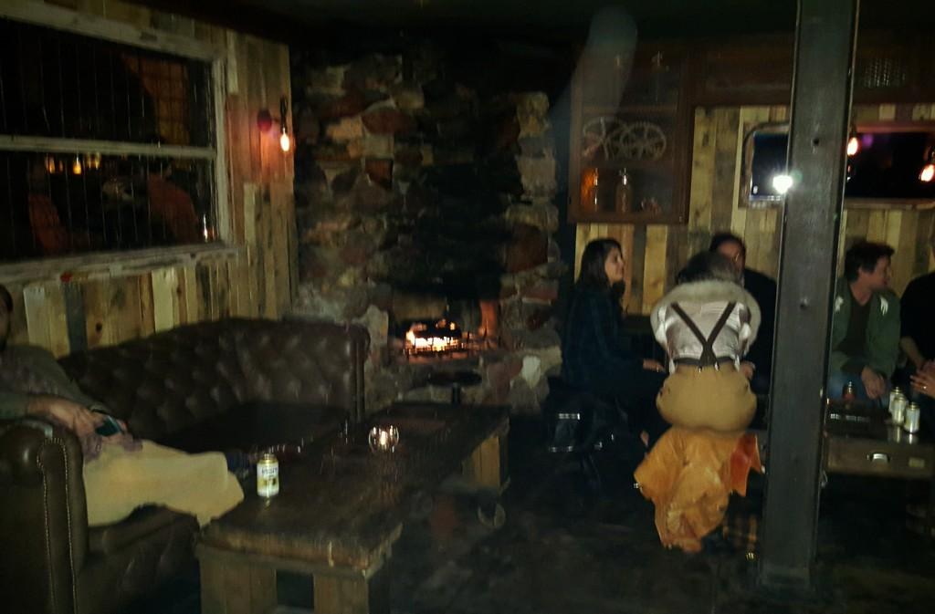 Harvard and Stone Bar