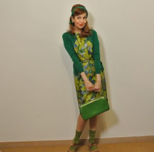 Monochrome Vintage Outfit in Green