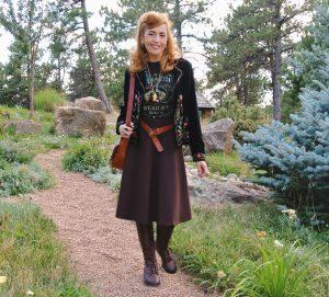 Embroidered velvet jacket, graphic tee, boho style